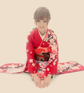 키시 아이노 (Aino Kishi . 希志あいの) 2