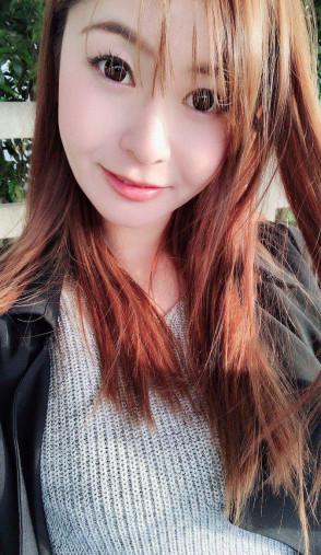아오이 유리카 (Yurika Aoi . 葵百合香) 1