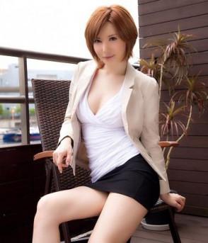 사토미 유리아 (Satomi Yuria . 里美ゆりあ) 6
