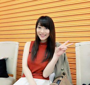 호시노 아카리  (Akari Hoshino . 星野あかり) 1