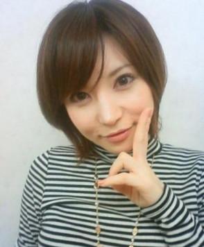 사토미 유리아 (Satomi Yuria . 里美ゆりあ) 1